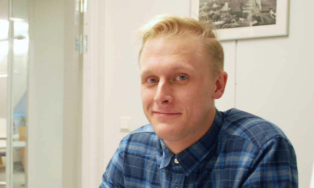 Adrian benyttet 23/5-regelen på Metis Privatistskole Bergen